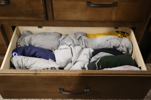 Rolled t-shirts equals more space!